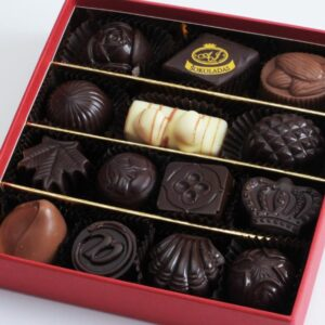AJ Chocolate red small box 150X150 mm., 14 pcs. 260 g