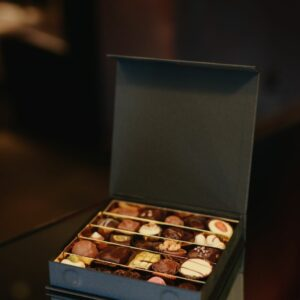 Luxury magnetic closure box 500 g.