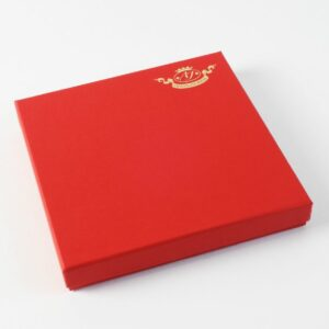 Luxury box 190X190 mm., 21 pcs. 360 g (red)